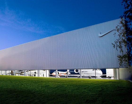 nike-hangar-01