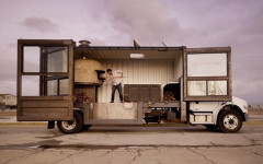 mobile-pizza-kitchen-1