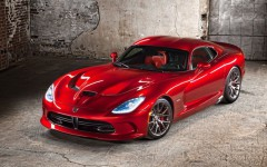2013-Chrysler-SRT-Viper
