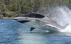 seabreacher-shark-sub-11.jpg
