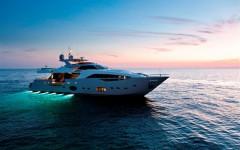 my-ferretti-custom-line-100-is-motor-boat-of-the-year-2012-_1