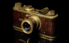 bonhams-to-hold-auction-in-hk-for-rare-leica-cameras-1-620x413